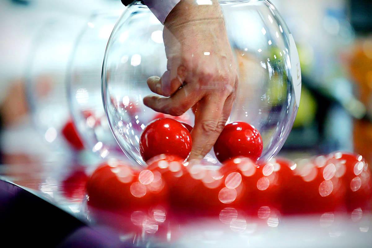 PLAYLEAGUE - OPENING CUP GRATUITO - opening cup busto, sorteggi playleague, torneo calcio a 5, opening cup origgio, calcio a 5 legnano - Tel: 02 96732548